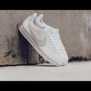 Nike Women's Classic Cortez Premium White 5.5 NIB